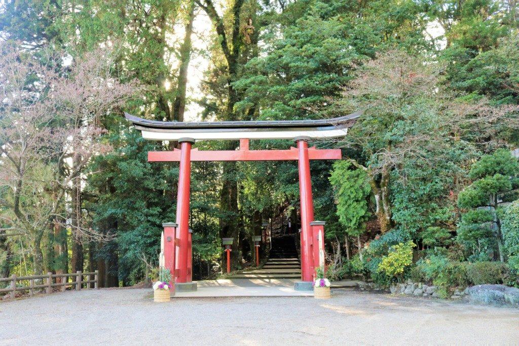 霧島東神社の鳥居