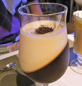 ジニスコーヒー&スイーツ
