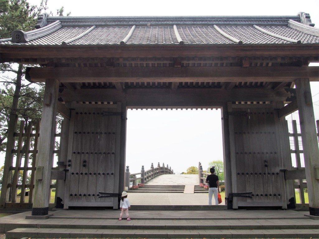 石橋記念公園の門