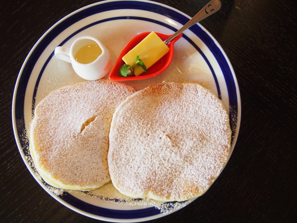 100%ナチュラルハニー・ハワイのローカルパンケーキ