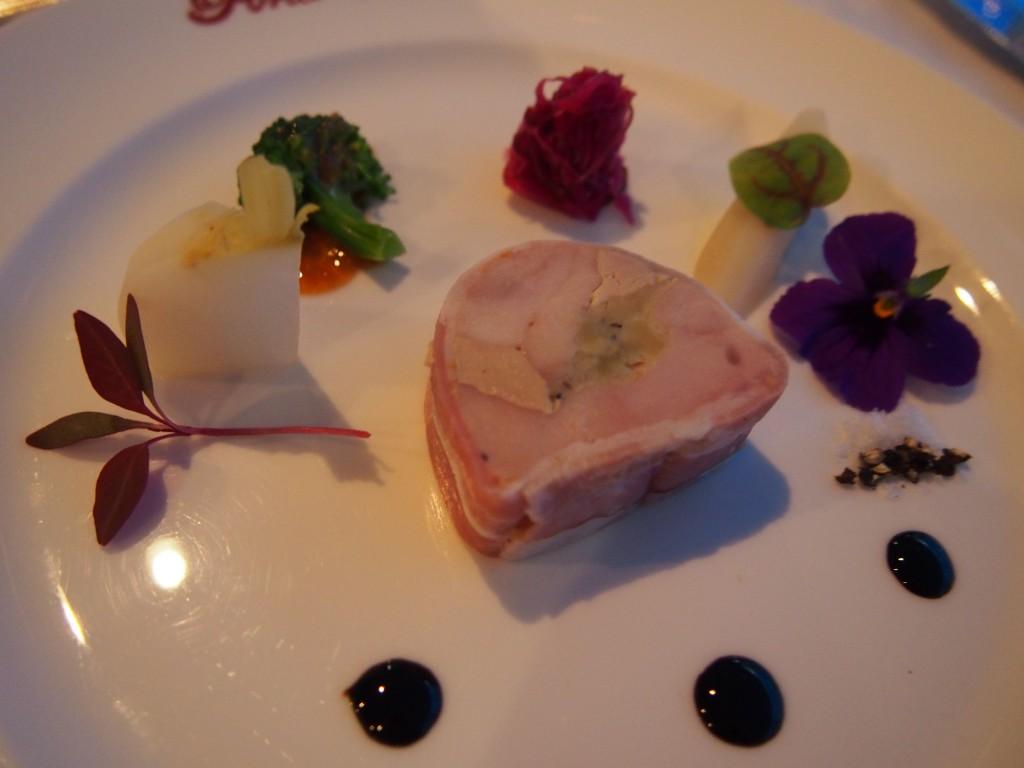 フランス産ホロホロ鶏のテリーヌ