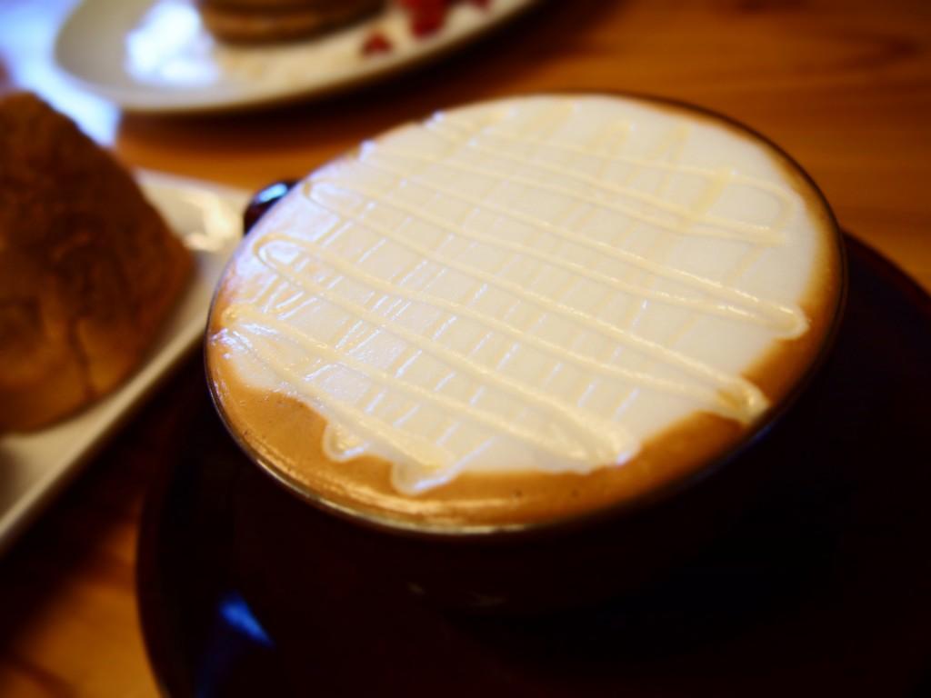 ハニーラテ 路地裏カフェ