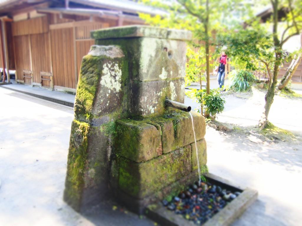 玉里庭園の水道
