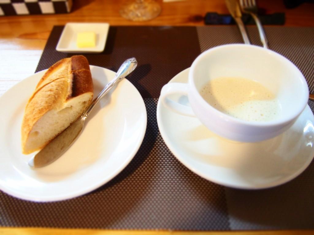 ラショミエルのパンとスープ