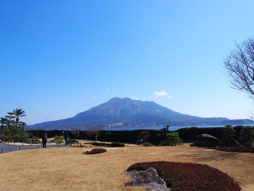 御殿から見た桜島