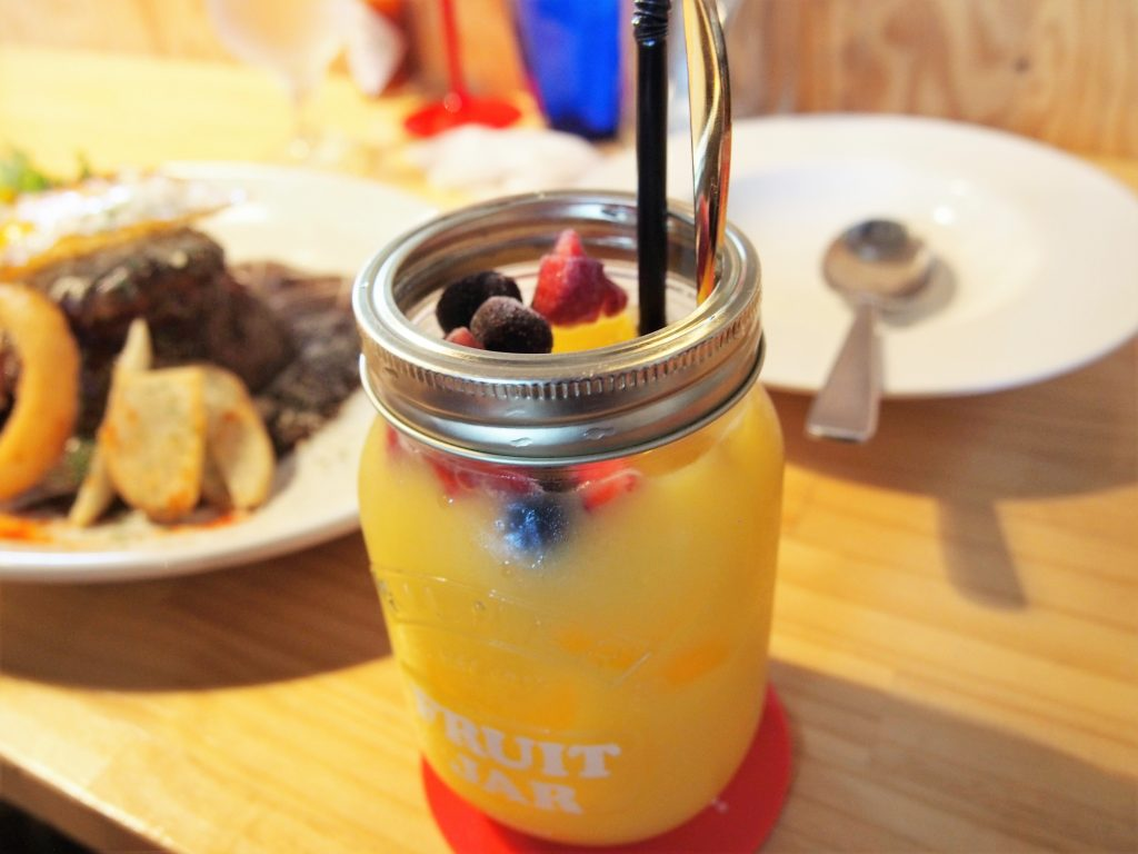 メブキのオレンジジュース