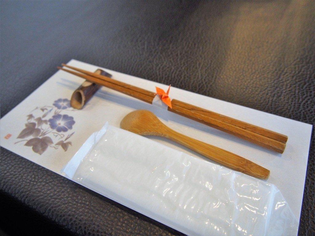 東風の箸とスプーン