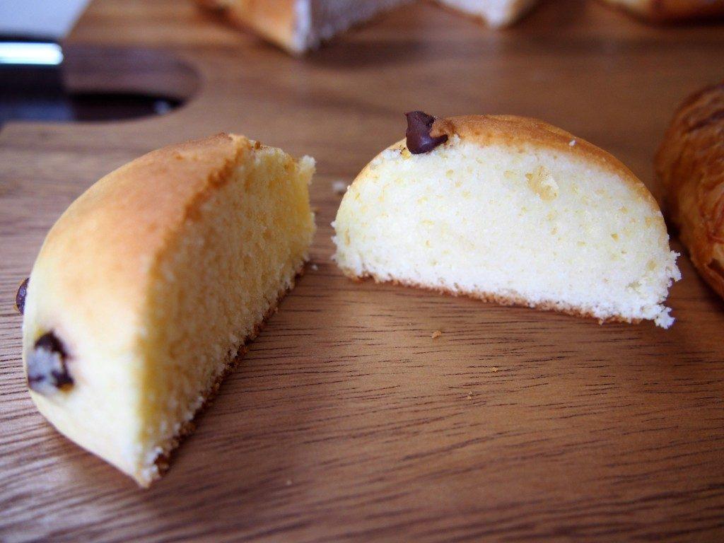 チョコチップパンの断面図