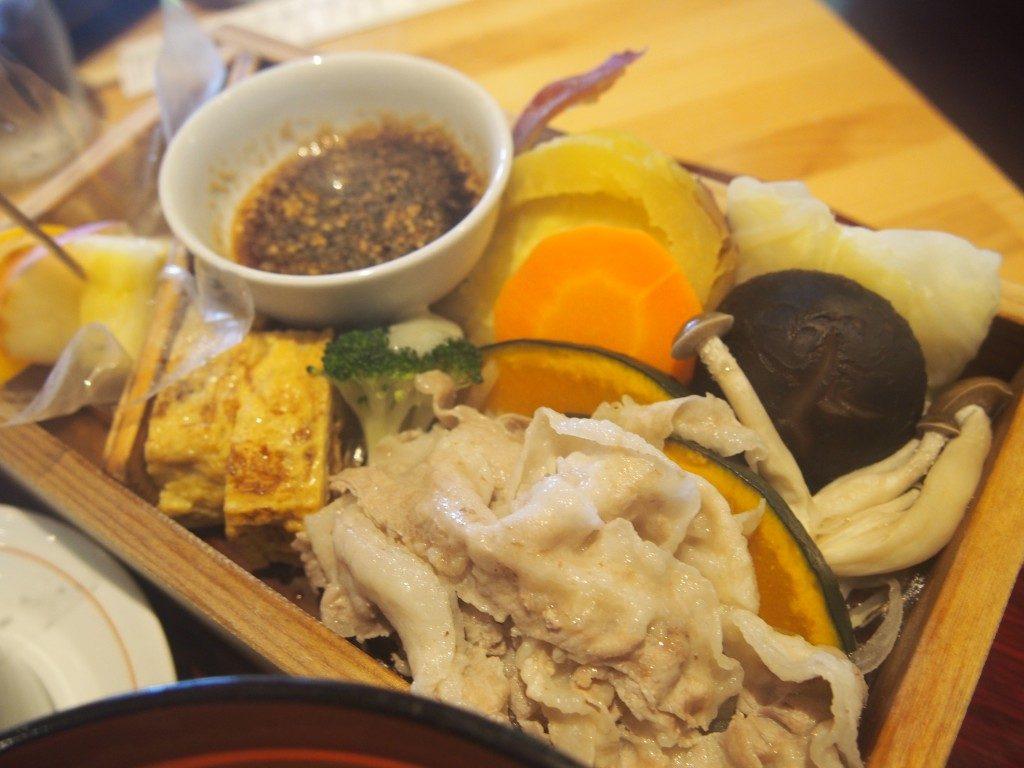 黒豚の野菜蒸しセット