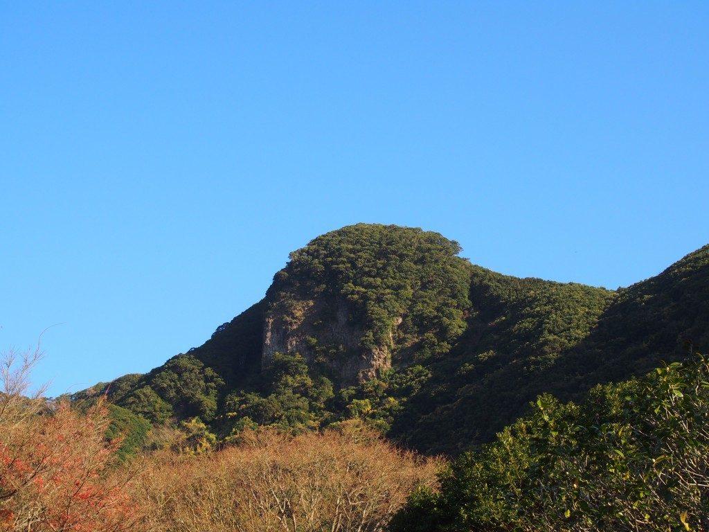 鰻池の外輪山