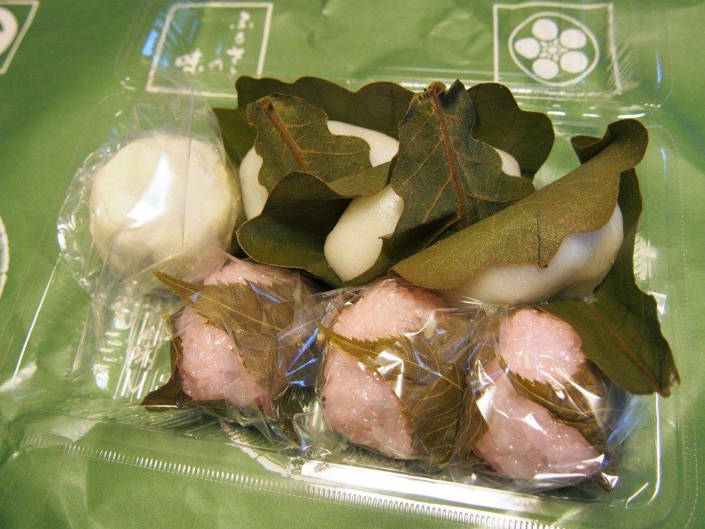 福美屋の柏餅と桜餅