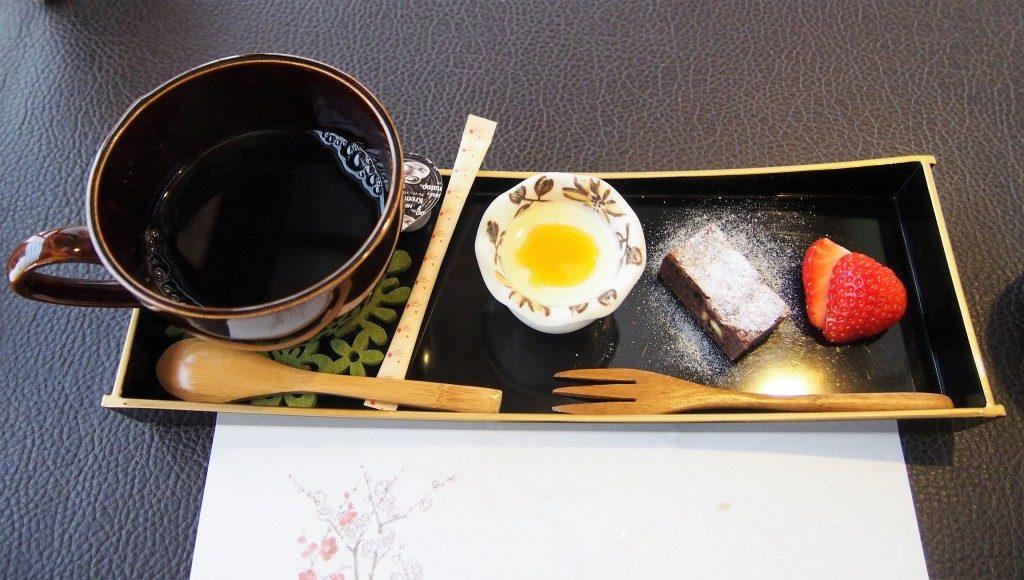 東風御膳のデザート