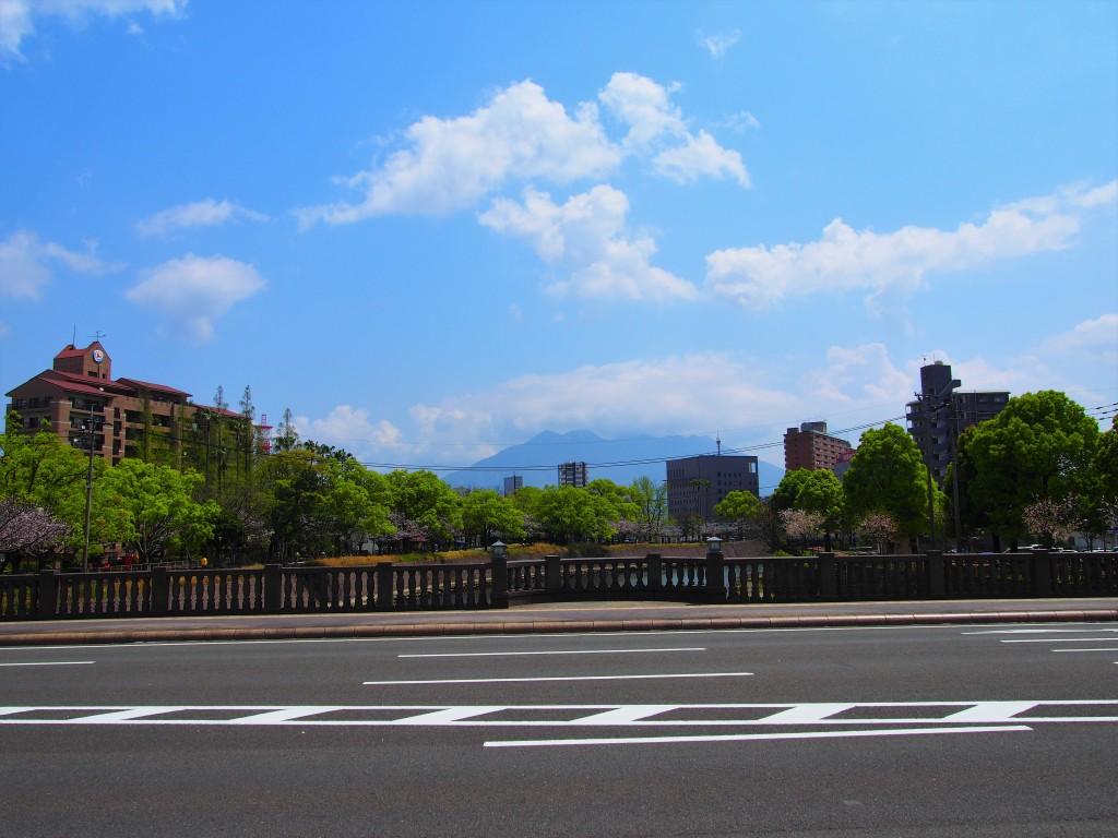 高麗橋から見た桜島