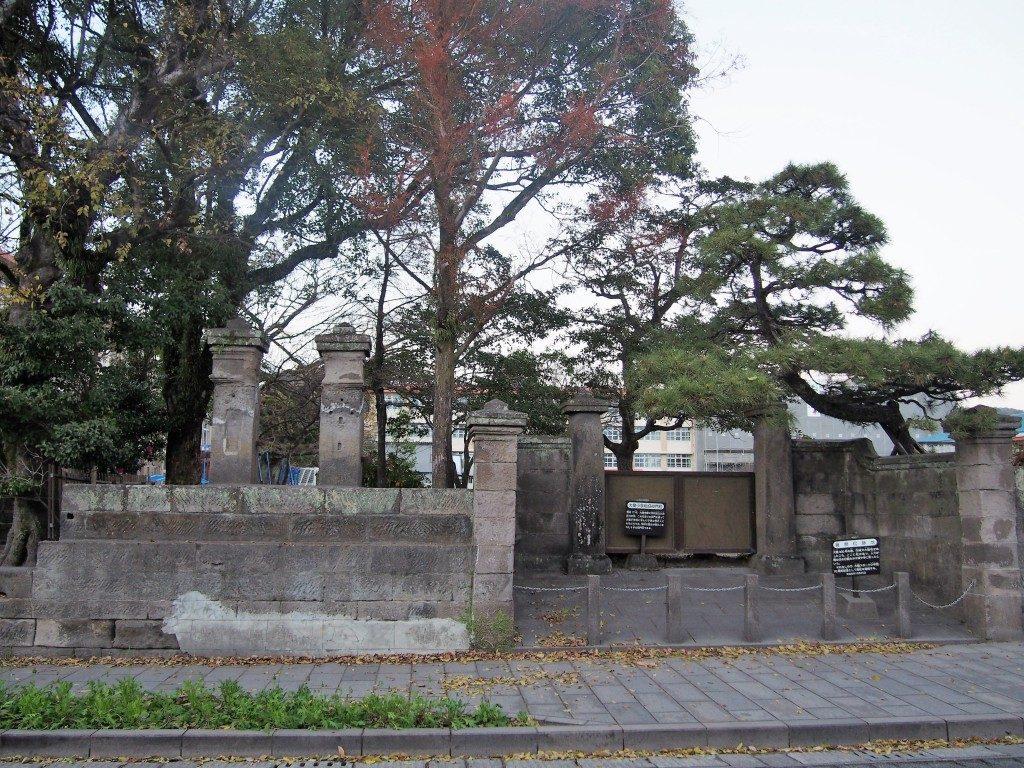 大竜小学校旧校門柱