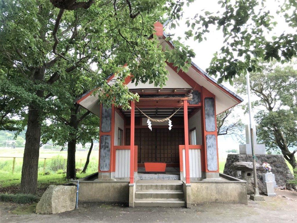 興玉神社の社殿