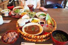 楽園の食卓