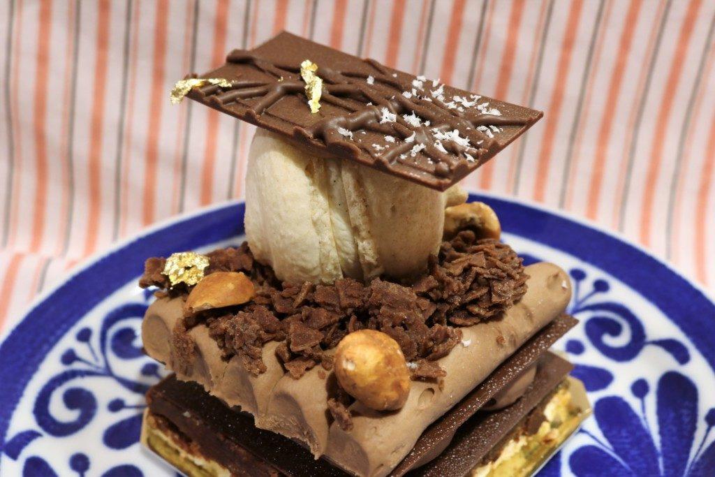 アラミニッツのチョコレートケーキ