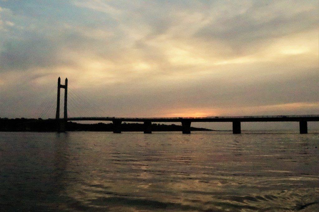 サンセットブリッジ
