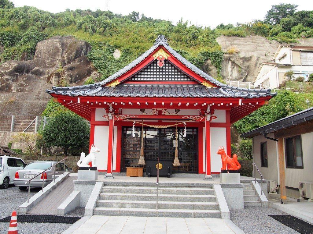 稲荷神社の社殿