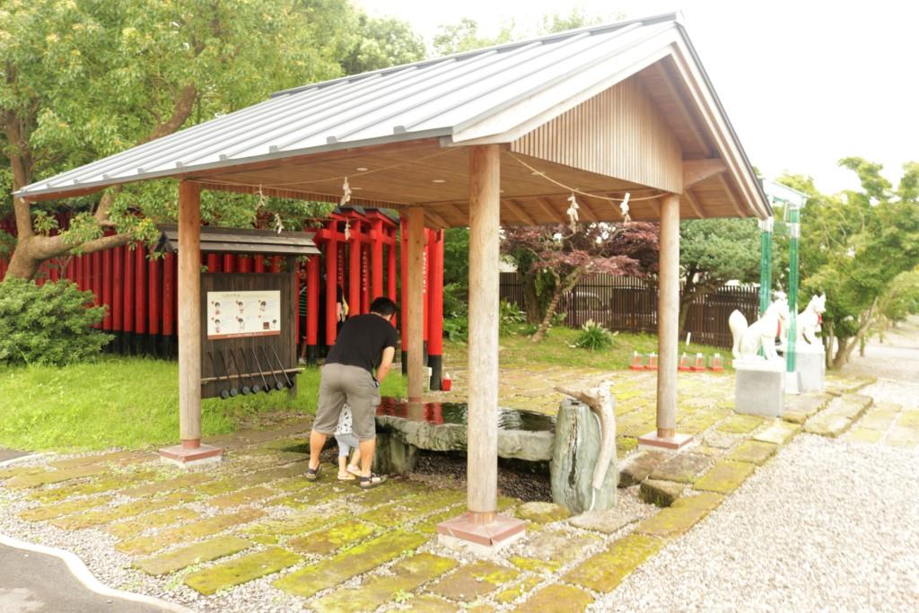 神徳稲荷神社の手水舎
